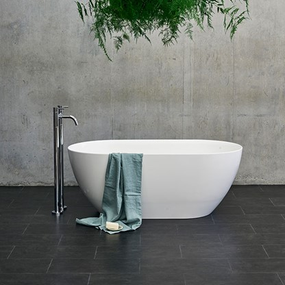 Modern Luxury Bathroom Design | Discover the right luxury soaking tub for you to suit your daily wellness rituals.