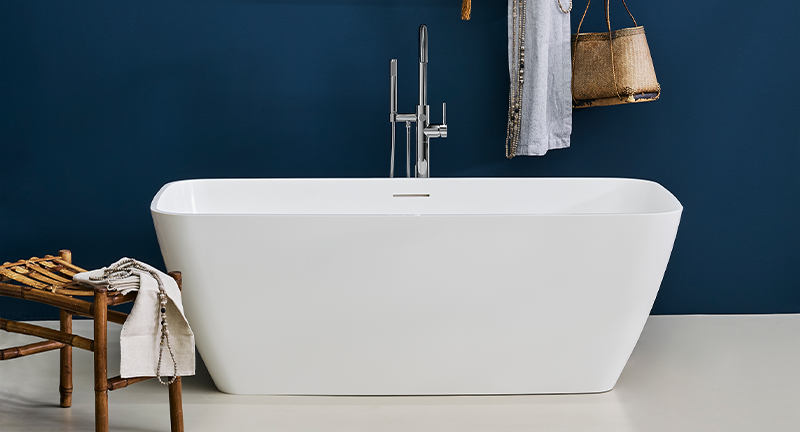 Modern Luxury Bathroom Design | Incorporate a beautiful contemporary feel to your bathroom with the Vicenza Bath.